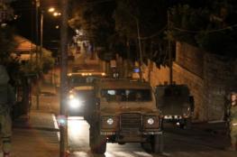 طالت 18 مواطناً.. حملة اعتقالات في مدن الضفة