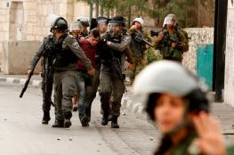 الاحتلال يعتقل 3 مواطنين ويشن حملة دهم واسعة بالضفة