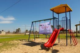 بلدية خانيونس تنتهي من مشروع تركيب ألعاب واستراحات بالمتنزه البحري