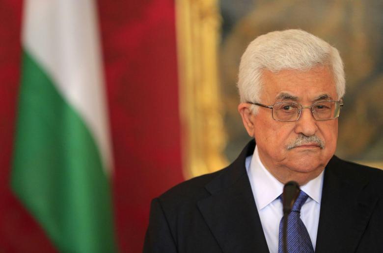 """حماس تندّد بعدوان """"عباس"""" على القضاء"""