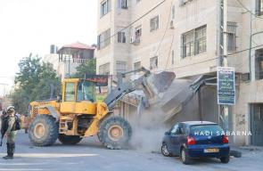 عمليات هدم لممتلكات المواطنين بمحيط حاجز قلنديا شمال القدس