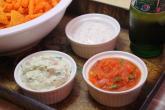 3 طرق شهية لتحضير غموس للشيبس