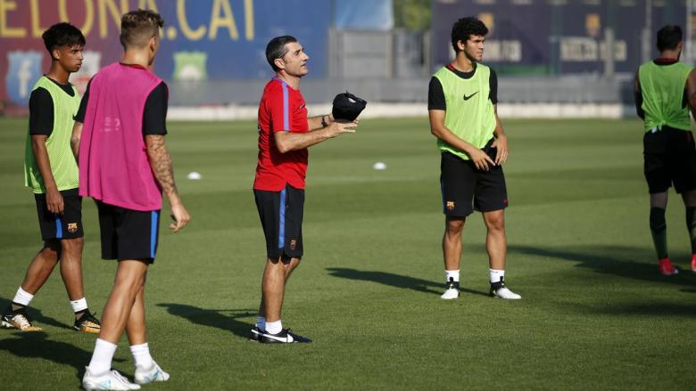 فالفيردي يتخذ خطوة جديدة لتعزيز هجوم برشلونة