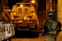 الاحتلال يعتقل 14 مواطنا من مدن الضفة