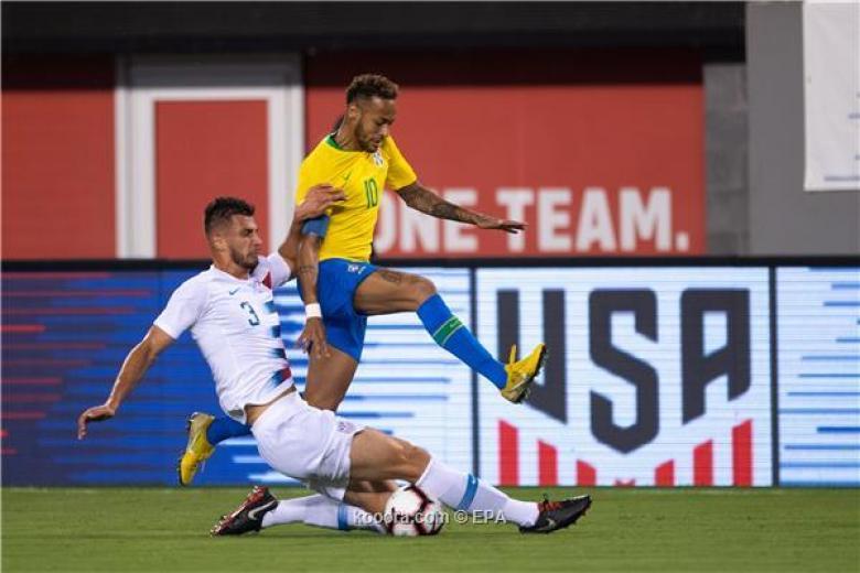 ثنائية فيرمينو ونيمار تهدي البرازيل الفوز على أمريكا