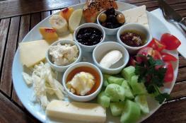 حذف وجبة الفطور يسبب أمراض القلب والسكري والسمنة