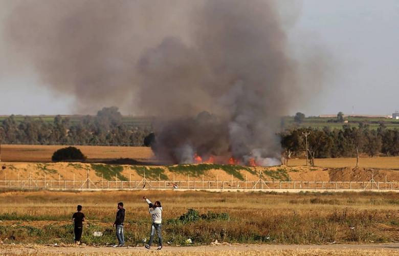 نيران الطائرات الحارقة تلتهم كيبوتسات الاحتلال بغلاف غزة 638bfbfcf670903776d832cf8e751b31