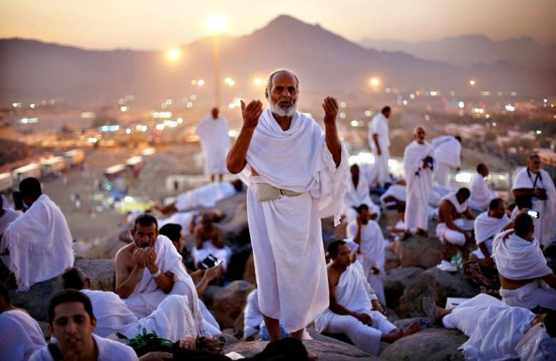 الأوقاف تعلن أسماء حجاج القدس ضمن الزيادة التي منحتها السعودية
