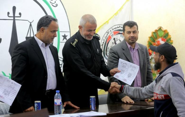 """""""الإصلاح والتأهيل"""" بغزة تُفرج عن 62 محكوماً أمضوا ثلثي المدة"""
