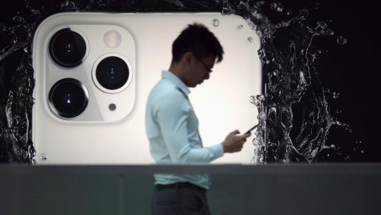 آبل ستتخلى عن موردي تقنية الجيل الخامس في هاتف آيفون 2022