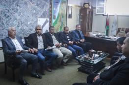 بلدية النصيرات تبحث مع القوى الوطنية والإسلامية قرار إغلاق المستوصف