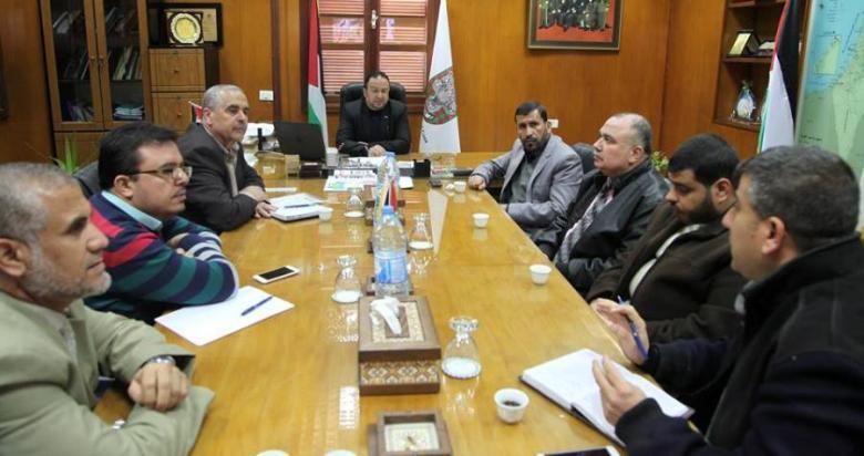 وزارة التعليم تبحث التعاون المشترك مع بلدية غزة