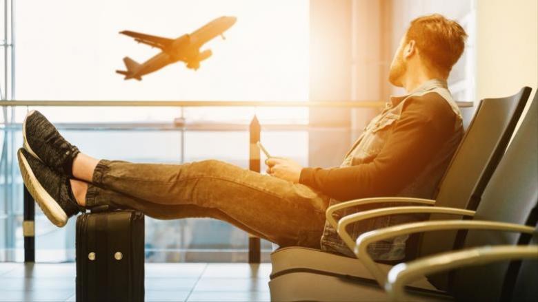 حتى لا تقع ضحية للعنصرية.. 10 حقوق للمسافرين بالمطارات الأميركية