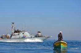 زوارق الاحتلال تستهدف صيادي شمال قطاع غزة