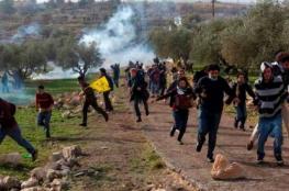 الاحتلال يقمع مسيرة قرية نعلين
