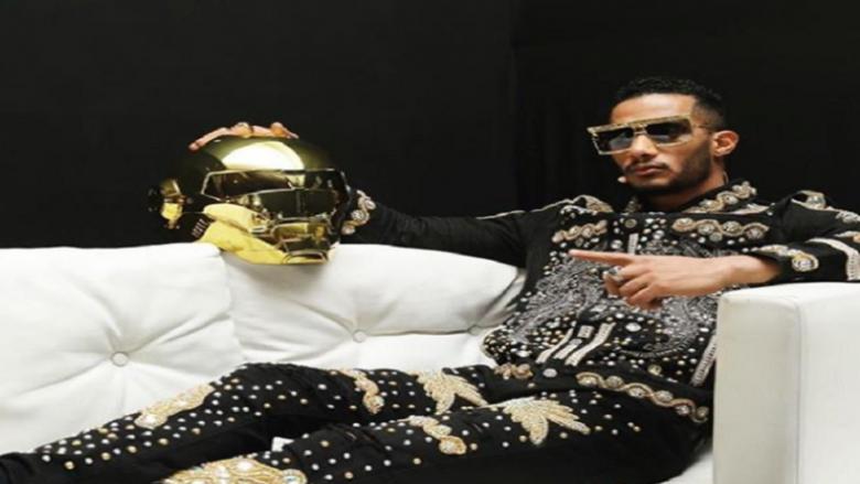 طيار مصري: محمد رمضان خرب بيتي ومسألش فيا بتليفون!