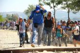 الاتحاد الأوروبي ينذر اليونان من تدفق المهاجرين