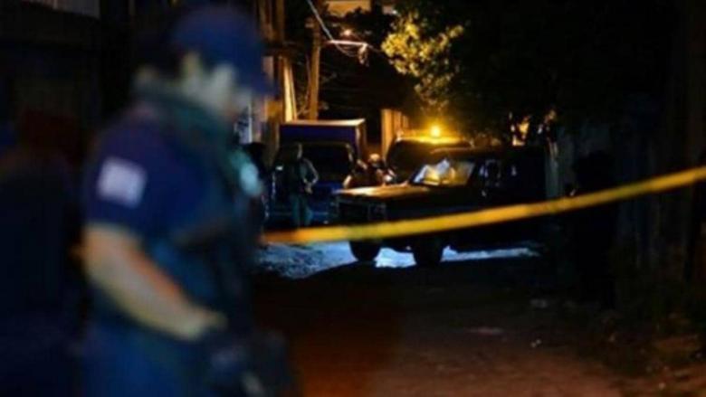 جريمة أثناء مقابلة صحفية.. مقتل الضيف وإصابة المحاور