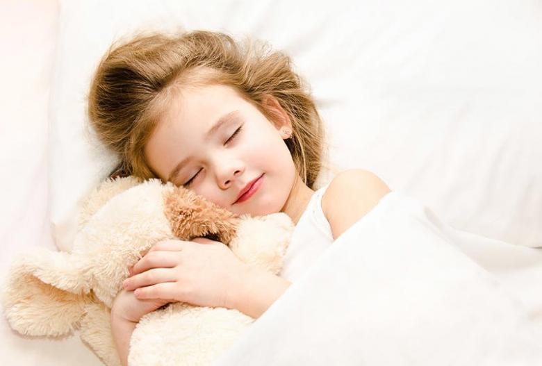 دراسة أميركية: نوم القيلولة يرفع مستوى ذكاء الطفل