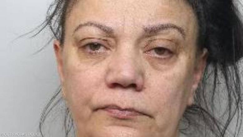 السجن 7 سنوات لموظفة احتالت على عجزة بأكثر من مليون دولار