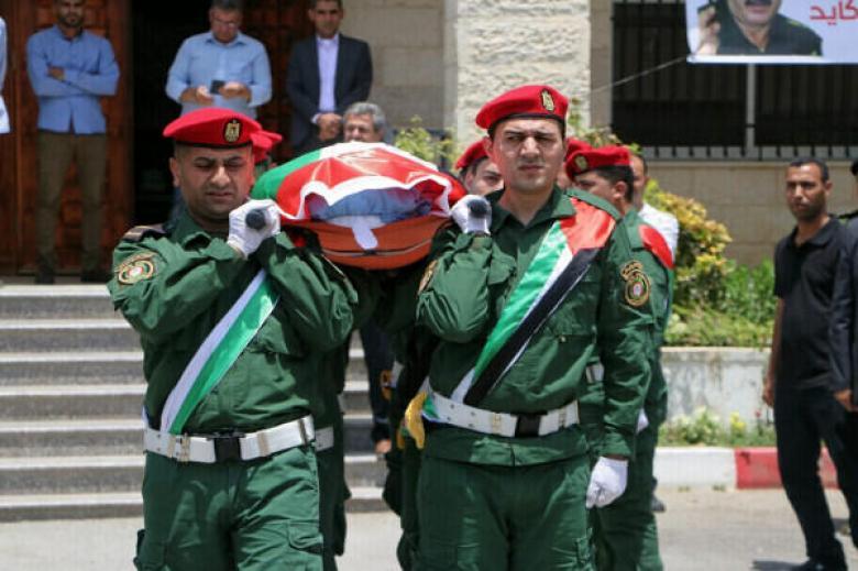 وصول جثمان اللواء كايد لغزة