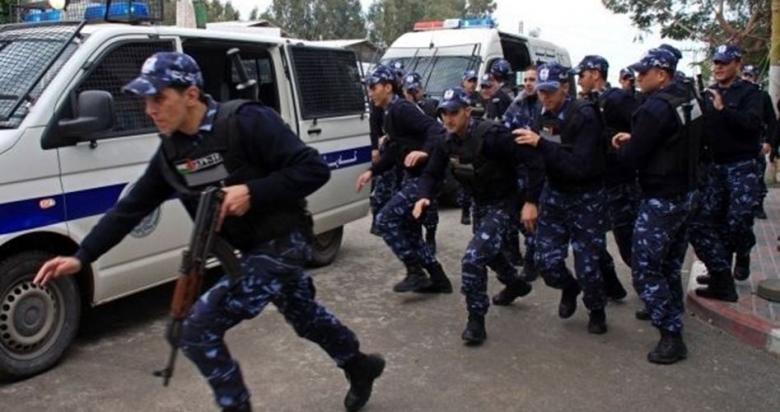 أجهزة السلطة تعتقل 4 محررين وتواصل اعتقال آخرين