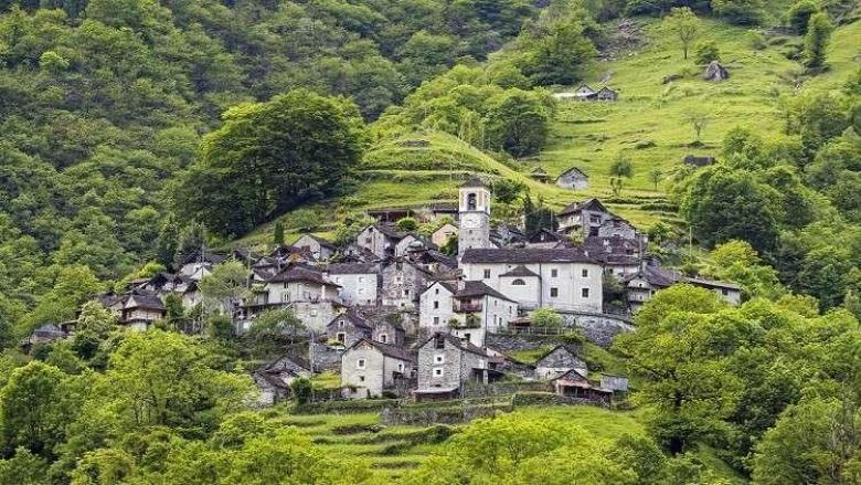 تحويل هذه القرية الأثرية الصغيرة إلى فندق سياحي