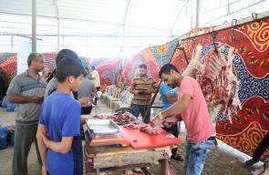 افتتاح سوق خيري للأسر المحتاجة جنوب القطاع