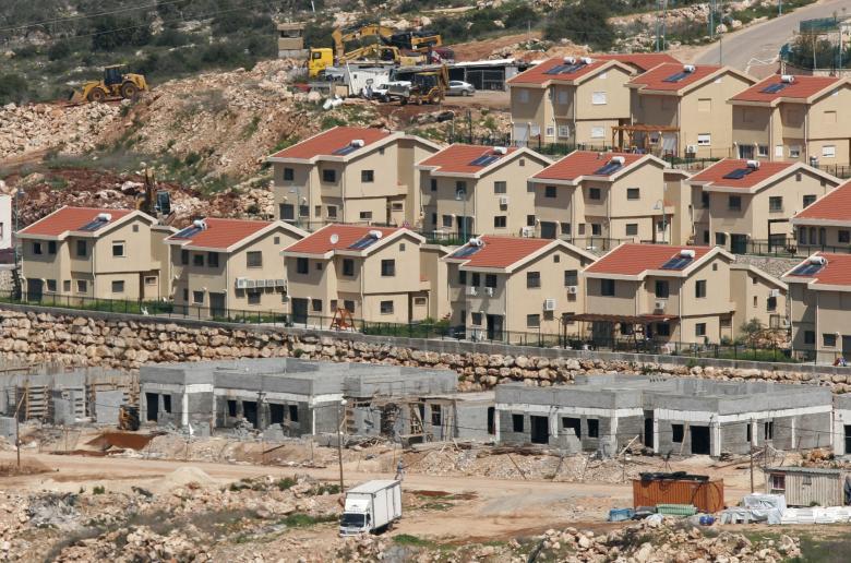 الاحتلال يضع حجر الأساس لبناء حي استيطاني في سلفيت