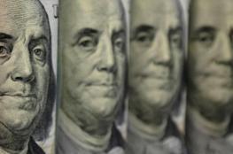 ارتفاع الدولار بسبب توقعات برفع الفائدة