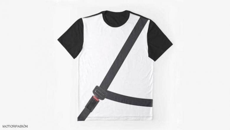 """في إسبانيا.. قميص """"مضاد للغرامة"""" والشرطة تحذر السائقين"""