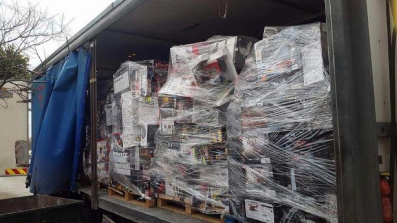 ضبط شاحنة محملة ببضائع المستوطنات في سلفيت