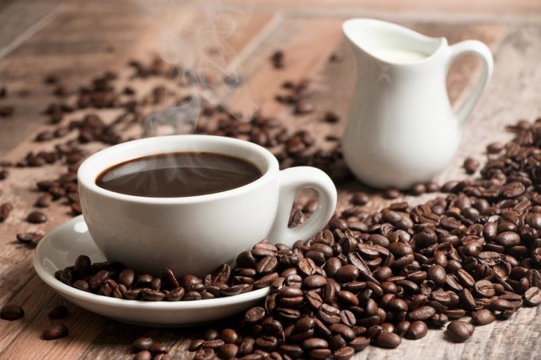دراسة: شرب 4 أكواب من القهوة يومياً يقي من السرطان