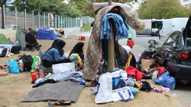 فرنسا تغري لاجئيها بالمال للعودة إلى أوطانهم