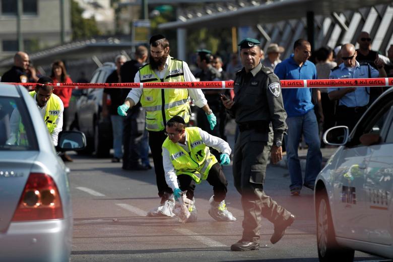 حصاد الاثنين: 3 عمليات طعن وإصابة إسرائيليَين و15 مواجهة
