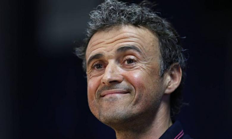 لاعبو برشلونة ينقلبون على العاجز إنريكي