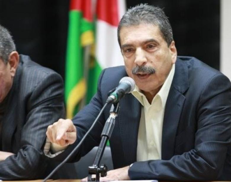 الطيراوي يتوقف عن حضور اجتماعات قيادة السلطة وحركة فتح.. لماذا؟