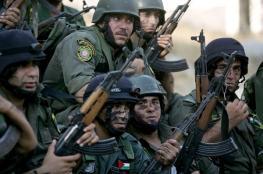 أجهزة الضفة تعتقل 5 مواطنين وتستدعي صحفيًا