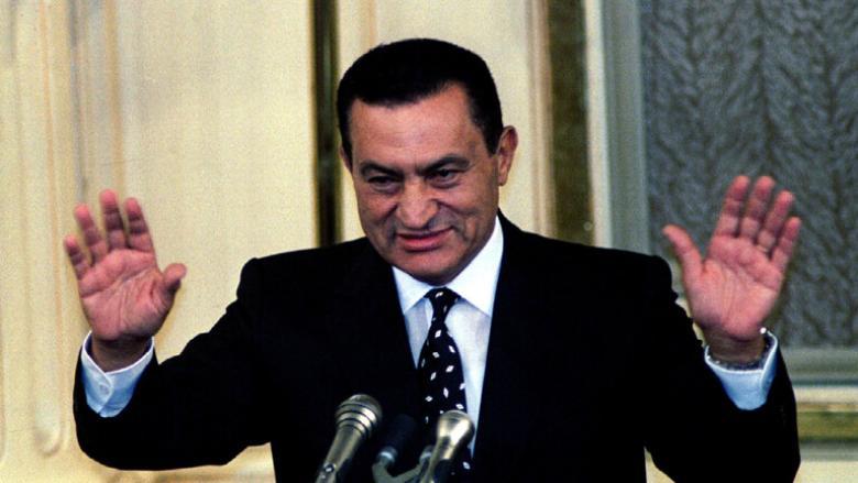 مصر تعلن الحداد 3 أيام على وفاة الرئيس الأسبق مبارك