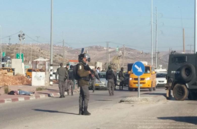 إصابة فتاة فلسطينية بنيران الجيش عند حاجز زعترة في نابلس