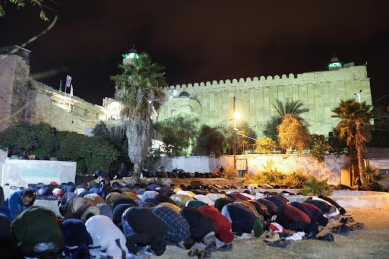 حماس تصدر بيانا في الذكرى الـ26 لمجزرة المسجد الإبراهيمي