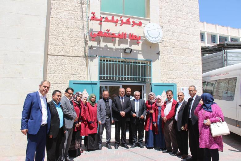 """تعليق دوام موظفي بلدية """"يطا"""" احتجاجًا على اعتقال عدد منهم (صورة)"""