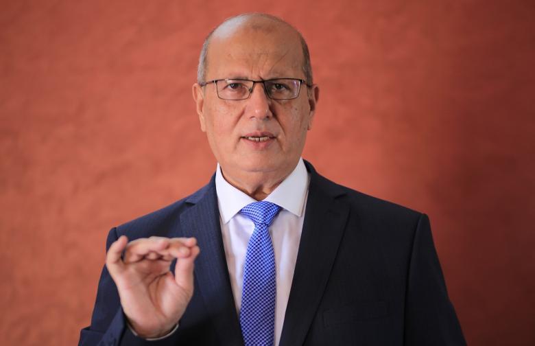 الخضري: المانحون لم يفوا بالتزاماتهم المالية