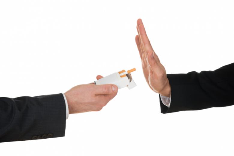 طرق طبيعية للإقلاع عن التدخين.. برتقالة واحدة قد تنقذك من النيكوتين