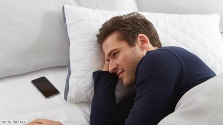 """نوم بلا شخير و""""محادثات ليلية"""" بفضل الوسادة الذكية"""