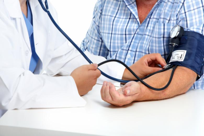 5 تغيرات تؤثر سلباً على صحة القلب بعد سن الخمسين