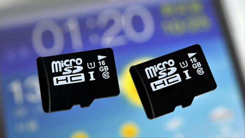 لن تستطيع استخدام بطاقات مايكرو إس دي بهواتفها المقبلة