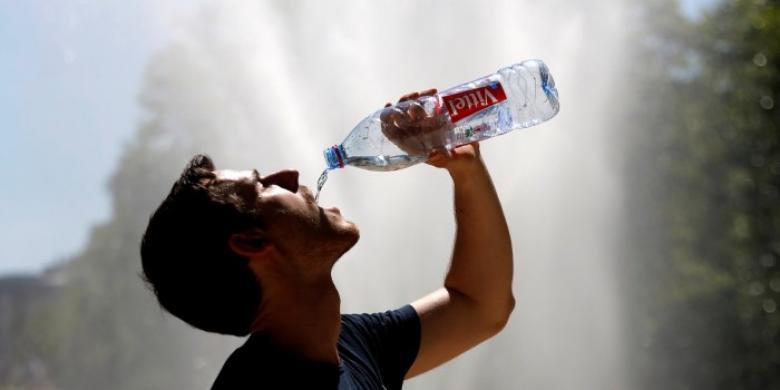 لماذا لا يروي العطش إلا الماء ؟