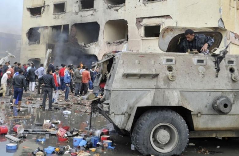 مقتل ضابط و 6 جنود مصريين إثر هجوم بالعريش