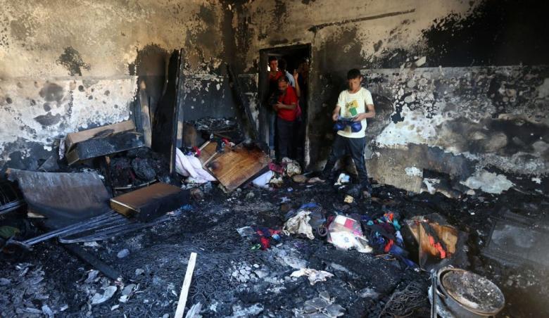 وفاة طفل ثالث من عائلة الرجبي متأثرا بإصابته بحروق بالخليل